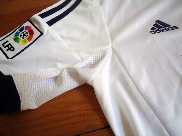 Real Madrid home jersey LFP badge