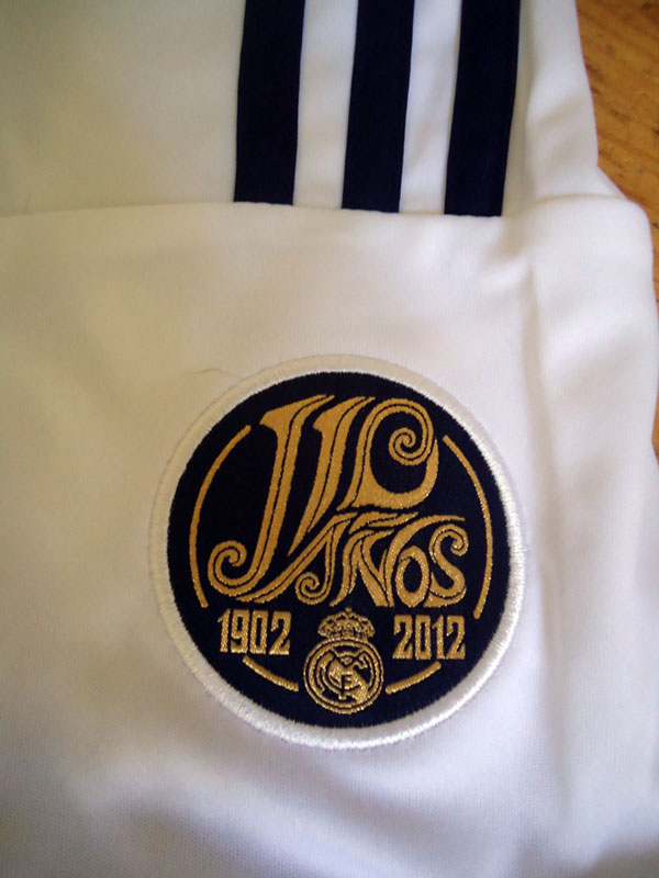 Real Madrid 110 anos logo
