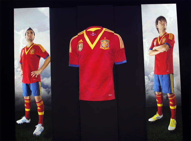 New Spain jersey 2013