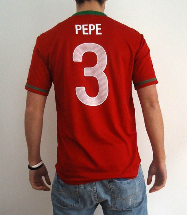 Portugal home jersey Pepe 3