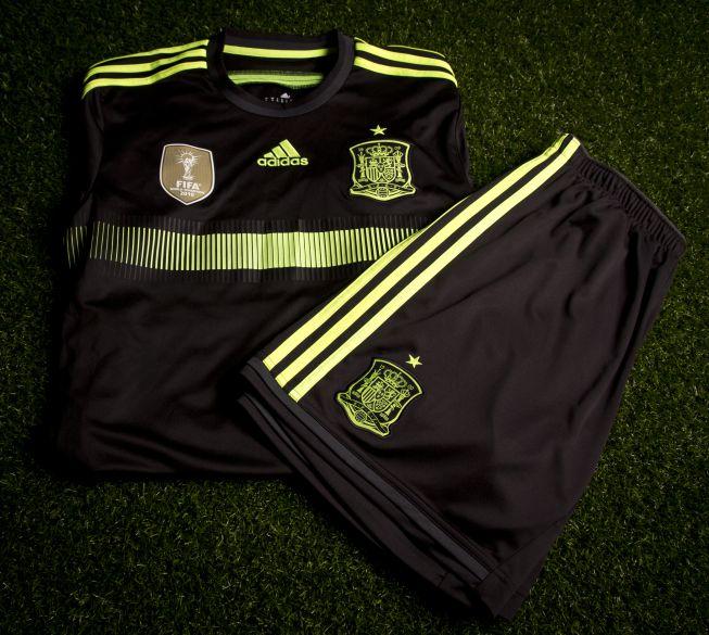 Spain away kit 2014 jersey + shorts