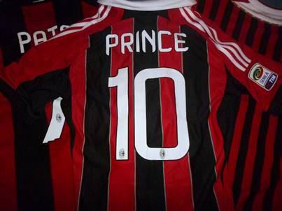 AC Milan name and number kit