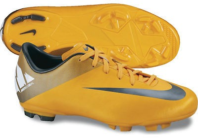 Mercurial victory firm ground ronaldo grass boots