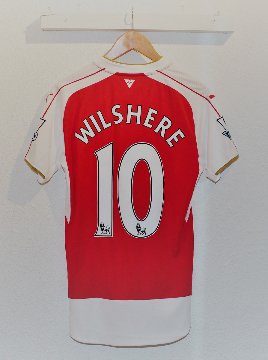 Arsenal home jersey - Wilshere 10
