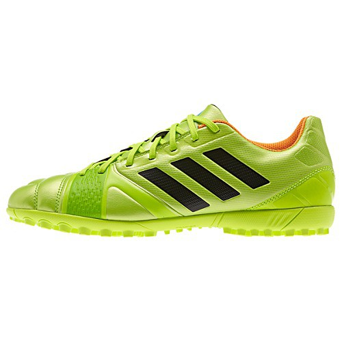 Nitrocharge 3.0 turf cleats