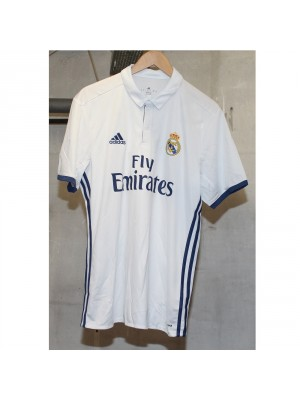 Real Madrid 16/17 home jersey