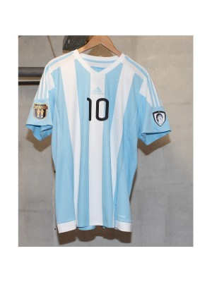 maradona and argentina badges