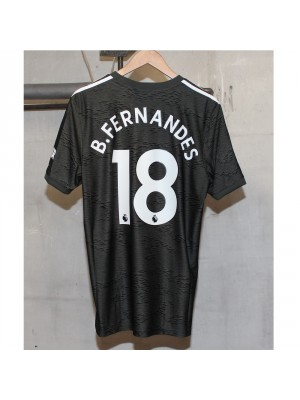 Man Utd away kit Bruno Fernandes 18