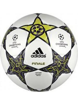 Finale 12 Capitano Champions League replica ball 2012/13