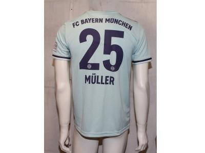 FC Bayern München away jersey 2018/19 - Muller 25