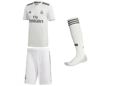 Real Madrid Home Kit 2018/19 - Adult