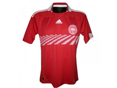 Denmark DBU home jersey 2009/11 - youth