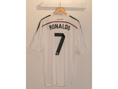 Real Madrid home jersey 2014/15 - Ronaldo 7 - badge