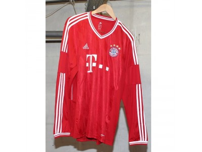 FC Bayern home jersey L/S 2013/14 - Müller 25