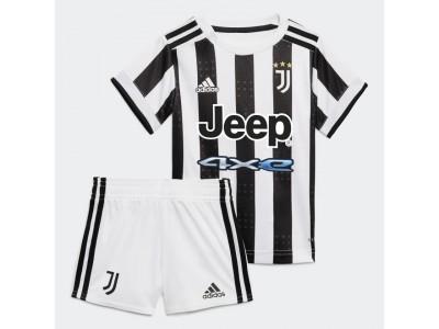 Juventus home kit 2021/22 - baby - by adidas