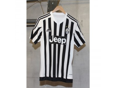 Juventus home jersey 2015/16 - Marchisio 8