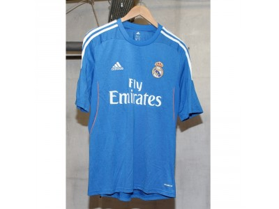 Real Madrid away jersey 2013/14 - Isco 23