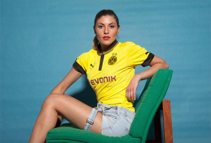 Dortmund home jersey sofa straight