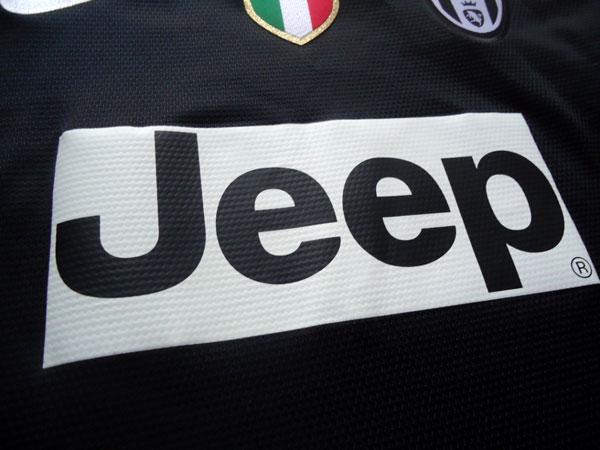 Juventus sponsor logo 12-13