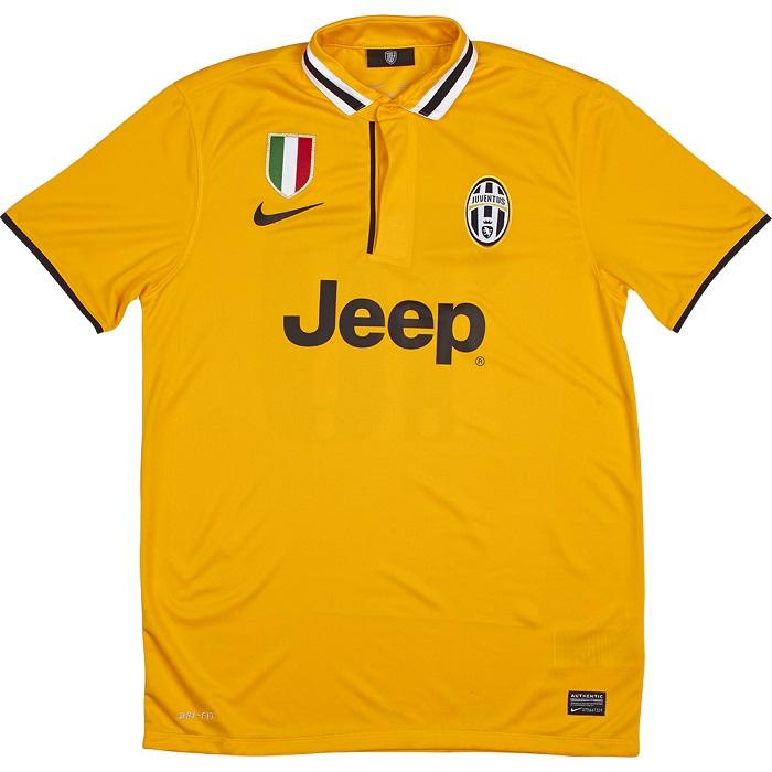 Juventus away kit 2013/14