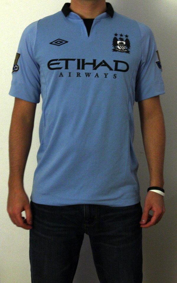 Man City home jersey model