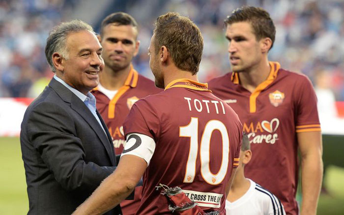 AS Roma name and number kit 13/14