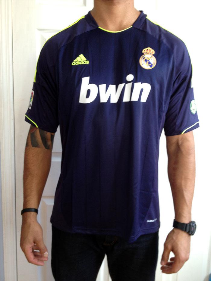 Real Madrid ude trøje 12-13