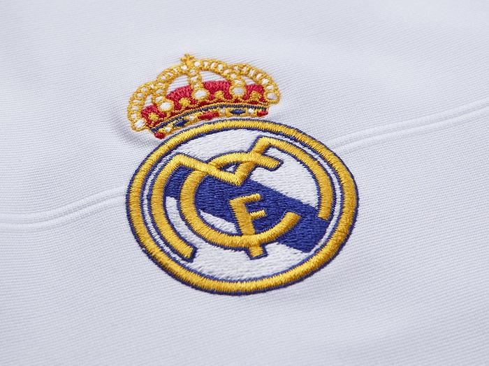 Real Madrid club logo 2013/14
