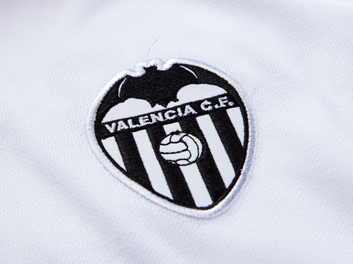 Valencia home jersey club logo