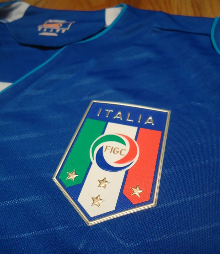 Italy home jersey federations crest
