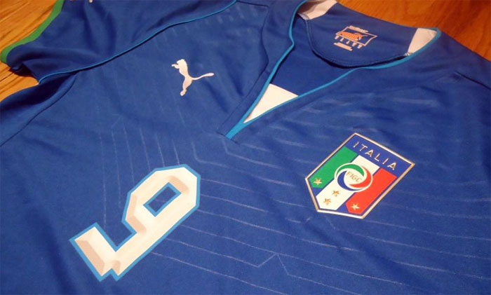 Italy home jersey 2013 chest