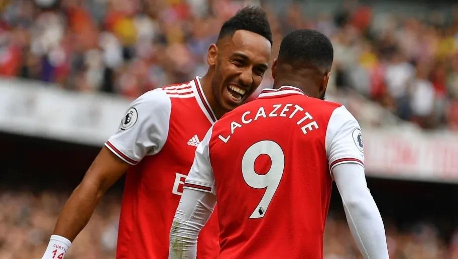 Arsenal 19/20 home kits