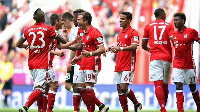 FC Bayern 16/17 hjemme sæt