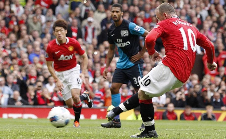 Man United 11/12 football season