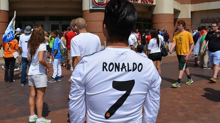 Real Madrid home kit Ronaldo 7