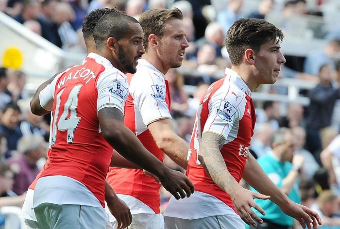Arsenal 15/16 sleeve badges