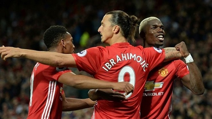 Man United home kit Ibra 9