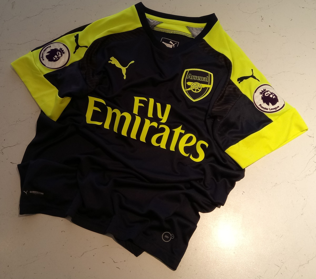Arsenal third kit EPL sleeve badges
