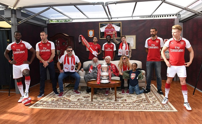 Arsenal home kit 2017/18