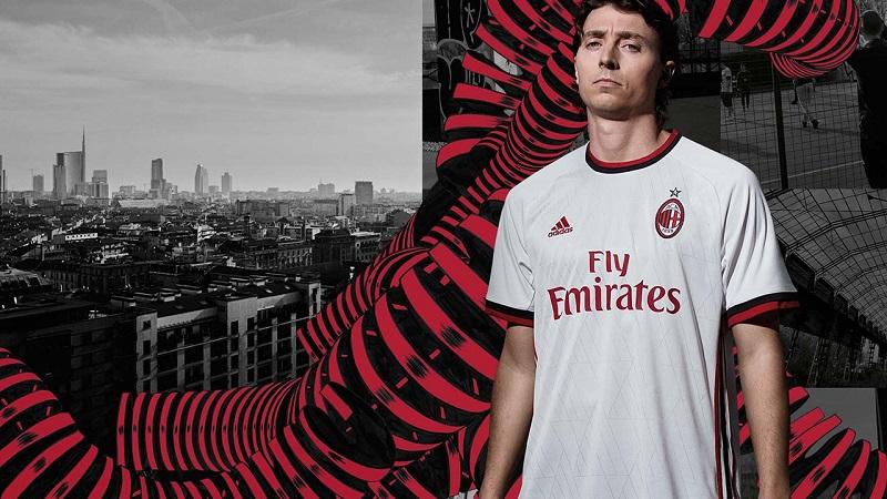 AC Milan away jersey 17/18