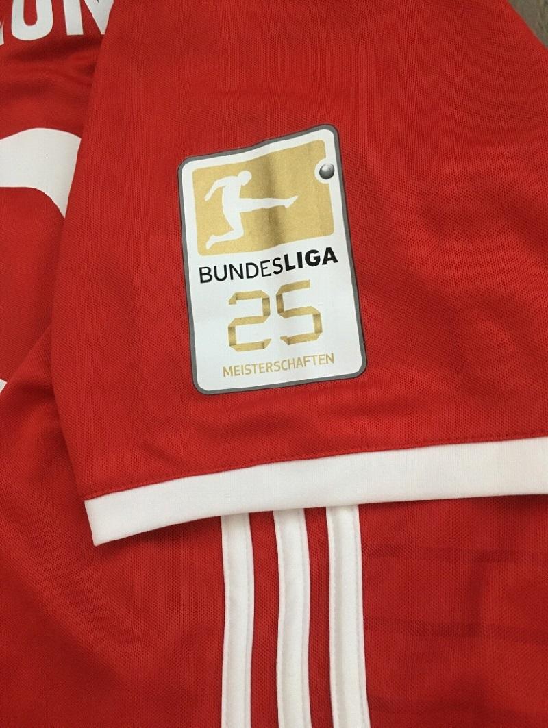 Bayern sleeve badge Meister 25