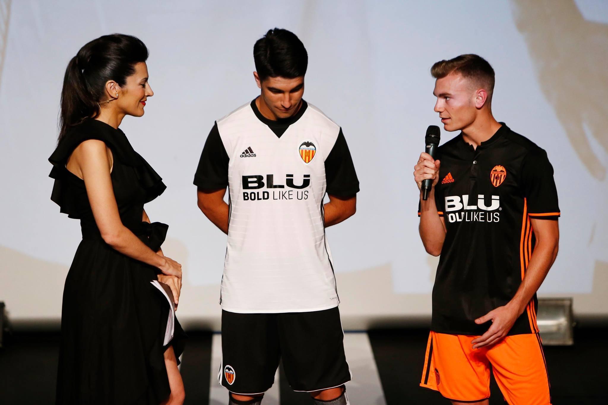 Valencia third kit 2017/18
