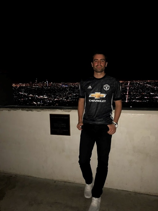 Man Utd away jersey - LA at night
