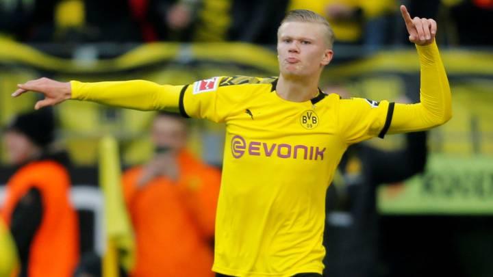 Haaland 17 Dortmund home kit